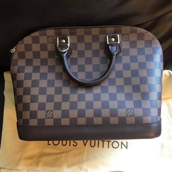 Louis Vuitton Handbags - Authentic Like New Louis Vuitton Alma Damier